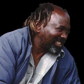 Nicholas Mukomberanwa, intern. berühmter Bildhauer